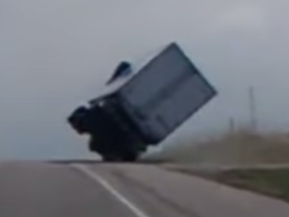 Video: Credit Where Credit Is Due, Semi Truck Driver Saves His Load!
