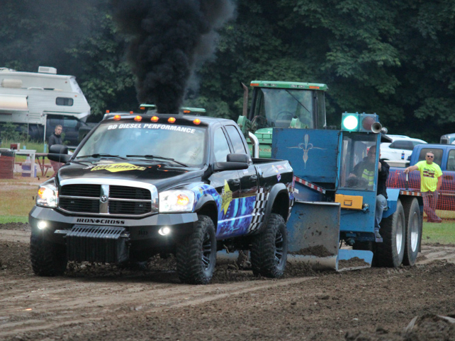 Battle On Badger Road, NW Truck Pulling