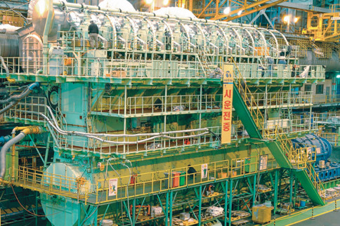 Dynamic Diesels: Inside The World's Largest Engine
