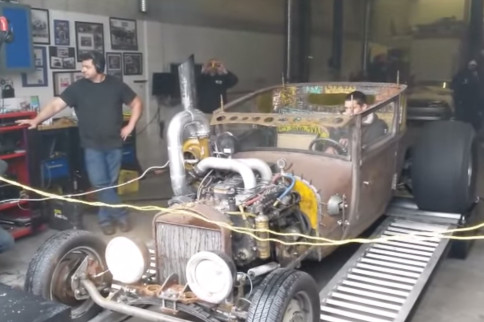 Video: Rat Rod Dyno Pull Gone Wrong!