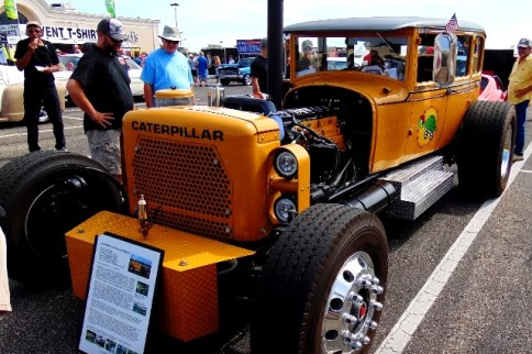 Can You Dig This Plus-Sized Caterpillar Powered Rat Rod?