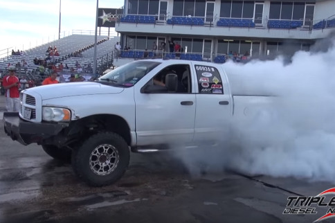 Video: Diesel World Finals Burnout Contest